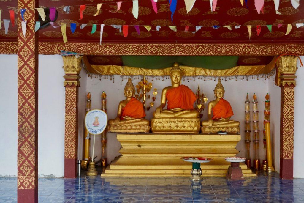 Buddhist alter