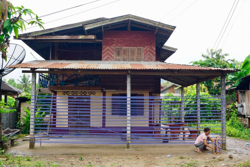 textiles Laos