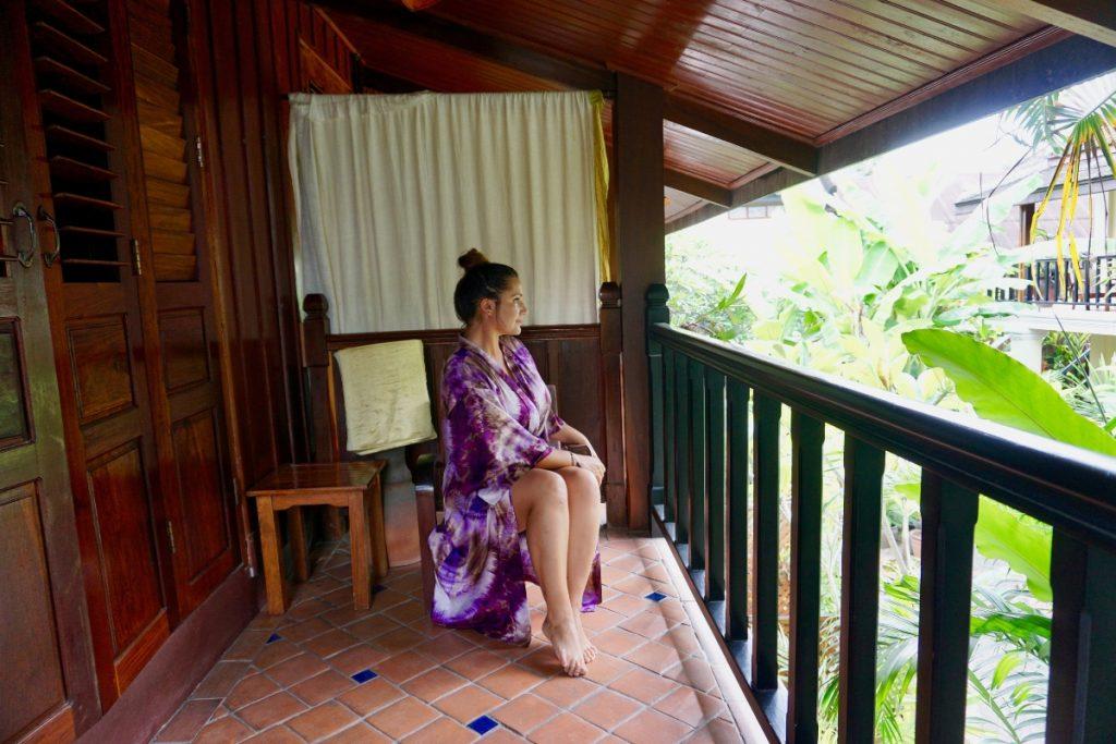girl hotel laos